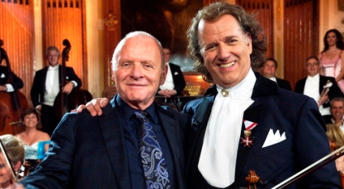 Andre_Rieu-Anthony_Hopkins_2011