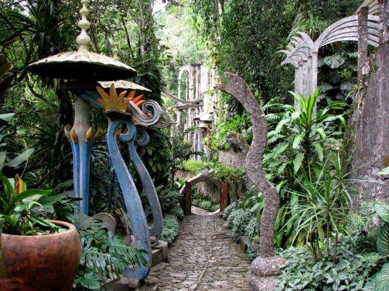 Este halloween y d a de los muertos chate una vuelta por for Jardin xilitla