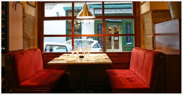 Resultado de imagen para mesa junto a la ventana